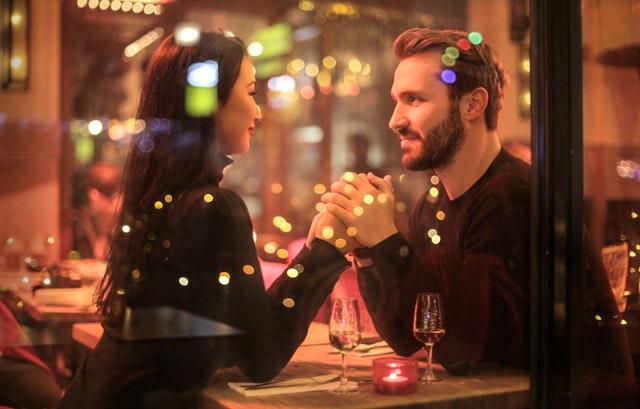 romantikus vacsora